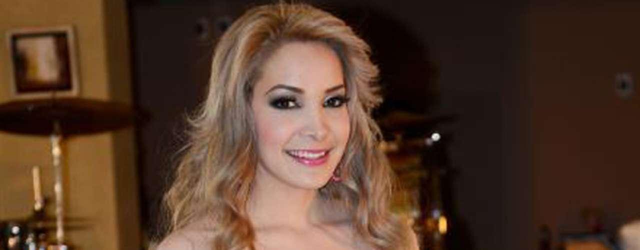 La bella intérprete nació en Estados Unidos y su residencia está ubicada en California.