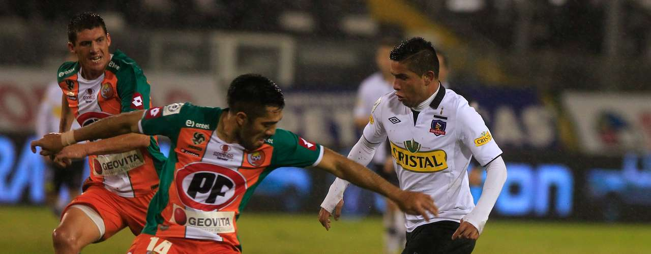 COBRESAL vs COLO COLO: Estadio El Cobre, 15:30 horas.