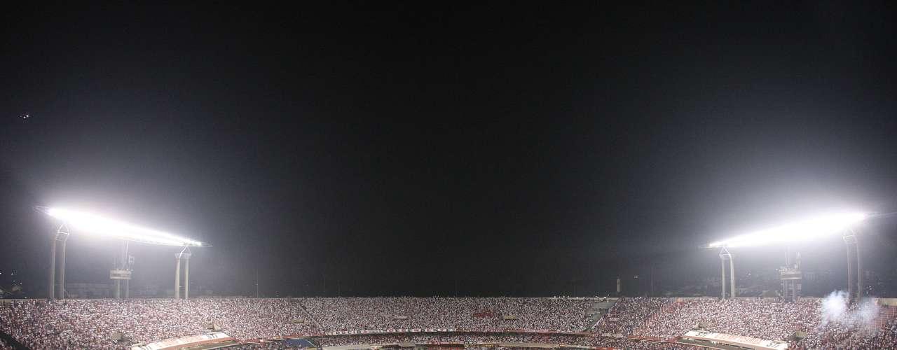 ESTADIO Y JUEZ DE LA BREGA: El encuentro se jugará en el Estadio Morumbí, con capacidad para 66.795 espectadores, y será dirigido por el uruguayo Darío Ubríaco.