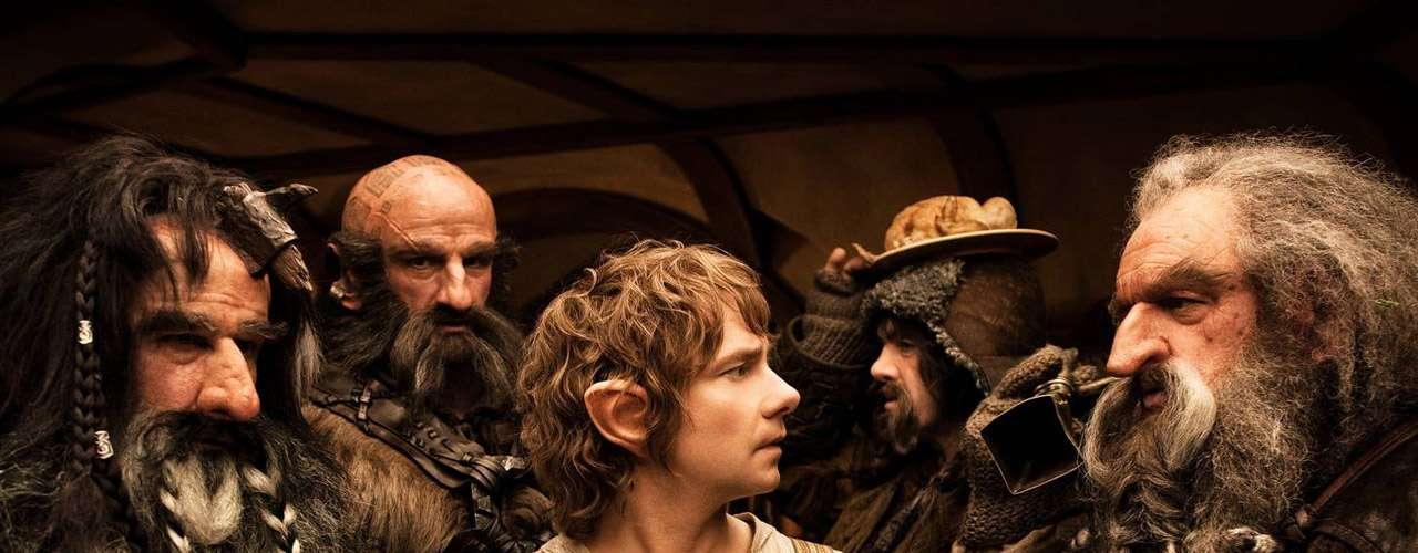 'The Hobbit: An Unexpected Journey': Años antes de 'El señor de los anillos', el mago Gandalf y un grupo de enanos impertinentes acuden a la casa de Bilbo Bolsón, un hobbit amante de la vida tranquila. La misión: vencer al dragón Smaug y recuperar el reino en la Montaña Solitaria. Domingo 6 de octubre a las 10:05 de la noche, por Moviecity Premieres.