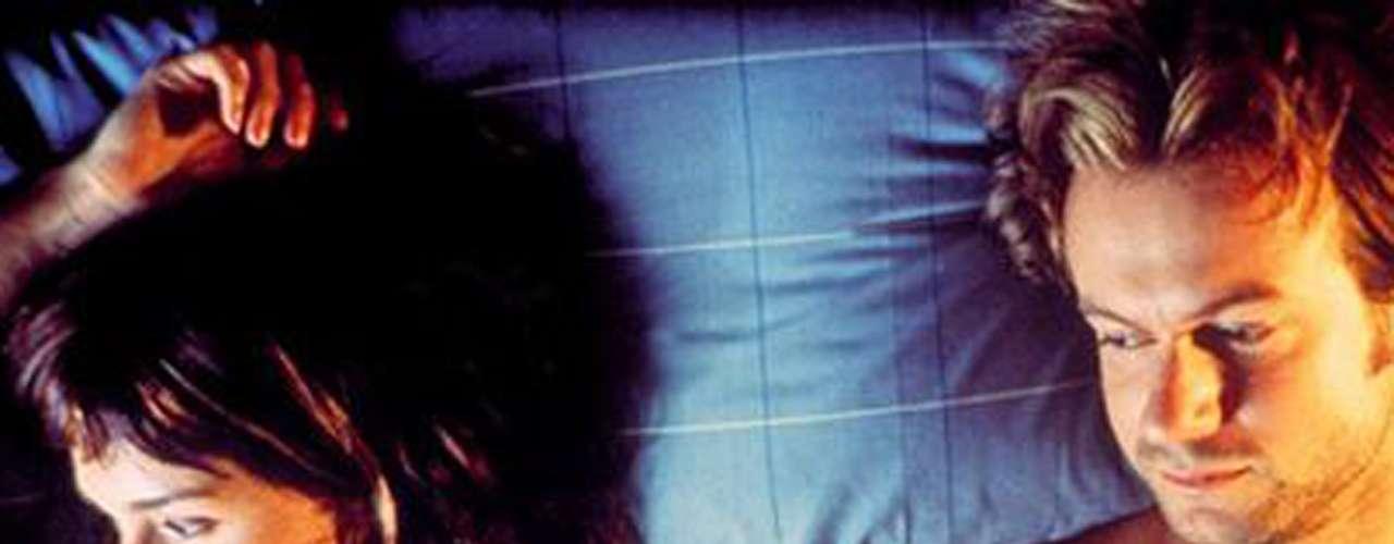 'Lucía y el sexo': Tras la misteriosa desaparición de su novio, un escritor, Lucía decide marcharse a la tranquila isla de Formentera. La libertad que siente allí la lleva a enfrentarse a los aspectos más oscuros de su pasada relación, como si se tratara de una novela. Domingo 6 de octubre a las 8 de la noche, por Moviecity Mundo.