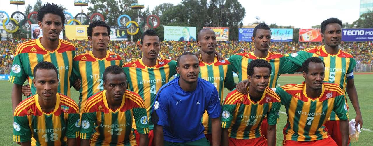 Finalmente, el peor equipo en el ranking y la sorpresa si logra llegar al Mundial de Brasil 2014 será Etiopía, lugar 93 del ranking FIFA, peleará con Nigeria el cupo al máximo evento del futbol mundial.