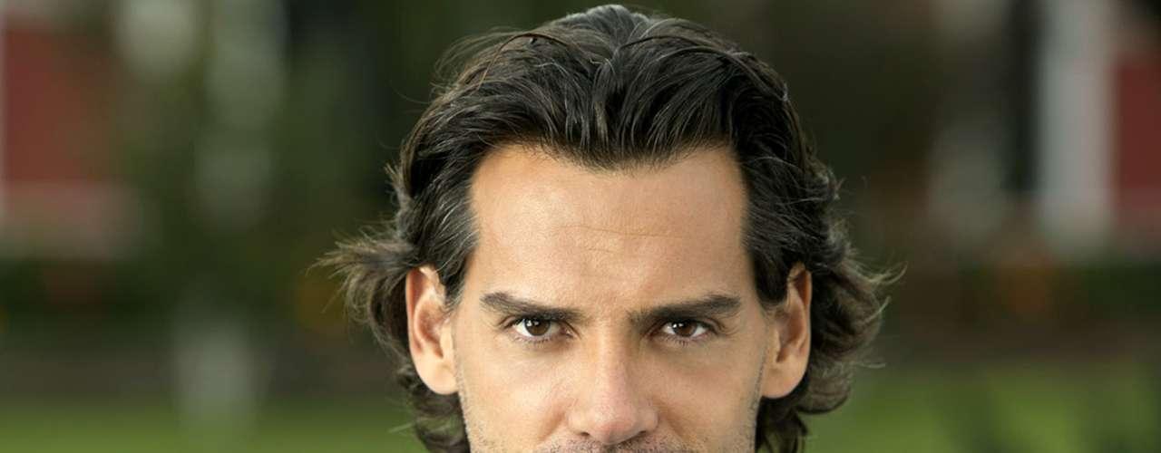 Christian de la Fuente regresa a las telenovelas mexicanas como 'Maximiliano'.