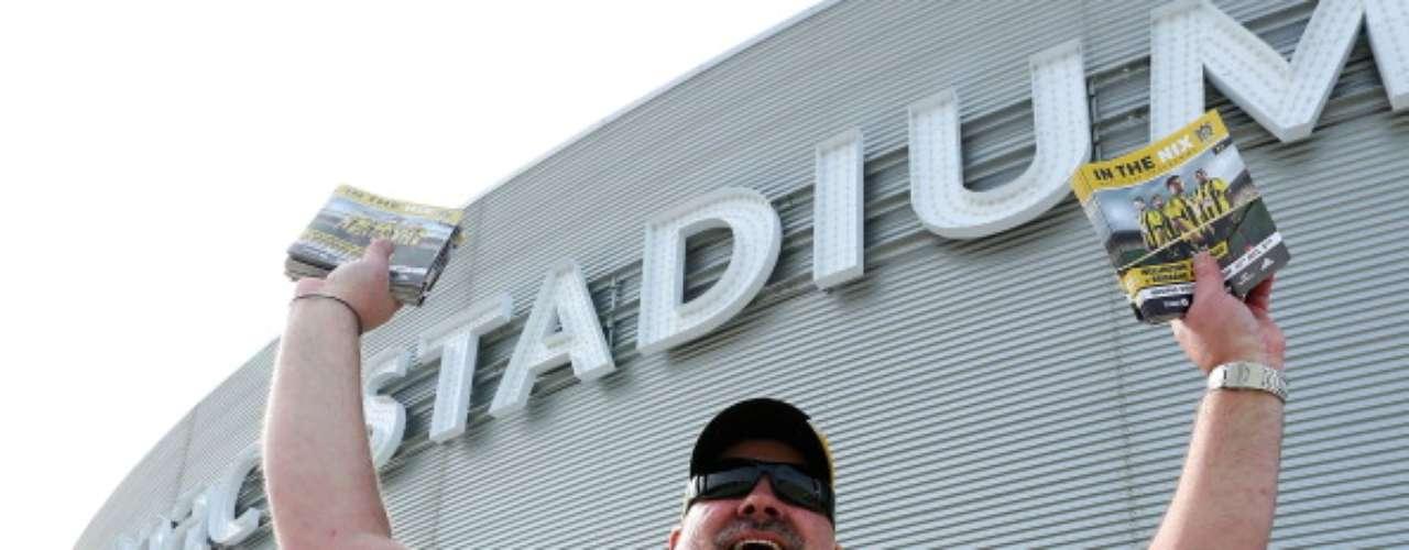 Desde un inicio se pensó como un estadio multiusos, por lo que ha sido utilizado para conciertos, eventos privados y, por supuesto, juegos de futbol de la Liga neozelandesa.
