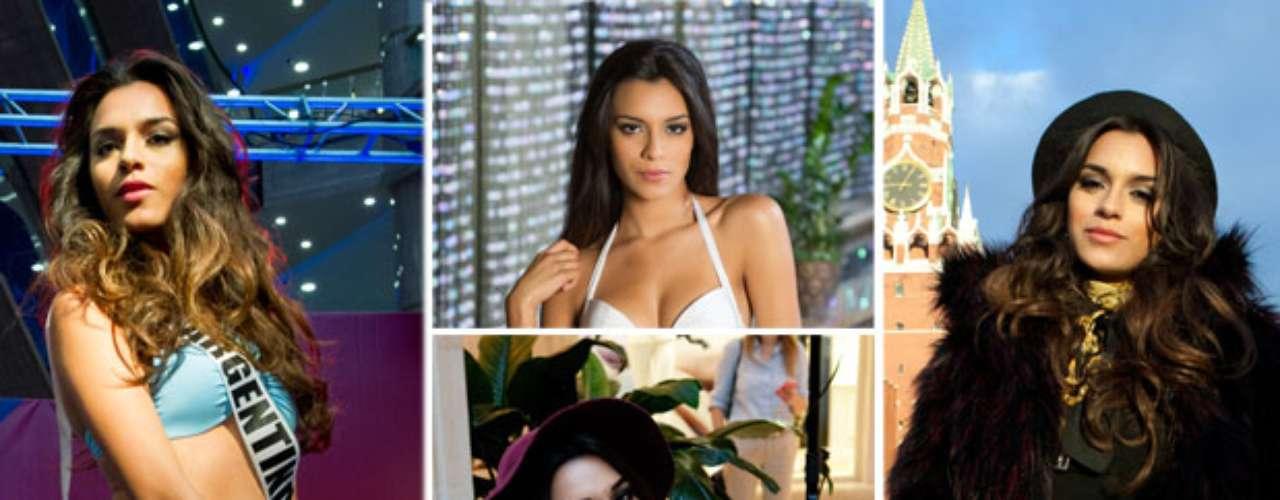 Esta cautivadora latina es Miss Argentina, Brenda María González. Tiene 20 años de edad y reside en Rosario.