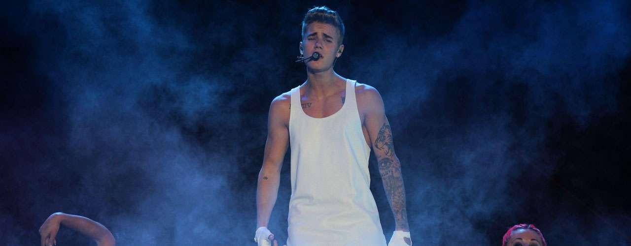 """Bieber salió al escenario para saludar a su público con un """"Mexico City, te amo""""."""