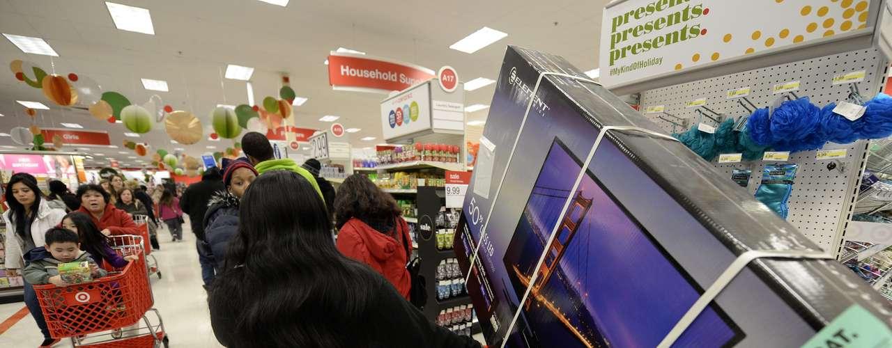 Los productos tecnológicos se alzan como la estrella de la jornada de hoy, la de mayor consumo del año, en un \
