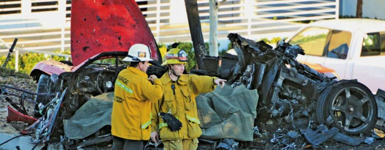 Paul Walker murió en un trágico accidente de coche durante un evento benéfico para su organización Reach Out Worldwide.
