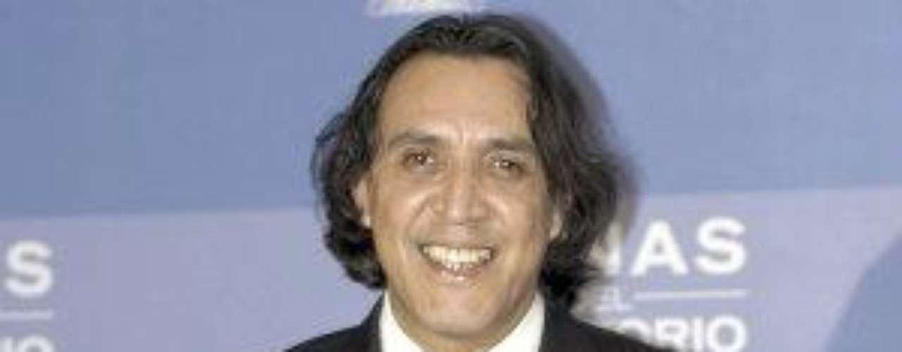 Luis Felipe Tovar nació Puebla, México, el 2 de diciembre de 1959. Es un actor y maestro de actuación. En el 2005 protagonizó en TV Azteca la telenovela \