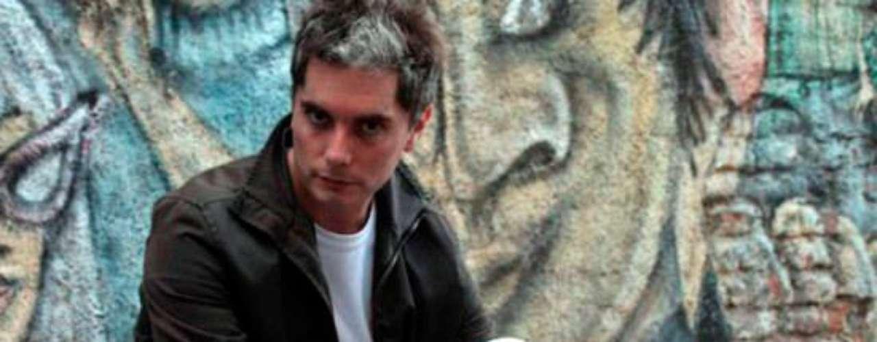 Una triste noticia recibimos el pasado 17 de febrero cuando supimos de la muerte de . El actor argentino con apenas 40 años falleció luego de perder su lucha contra el cáncer.Actores que murieron en2011Actores hispanos quemurieron en 2012Estrellas hispanas que murieron en 2013Encuentra páginas de tus novelas favoritas en orden alfabético