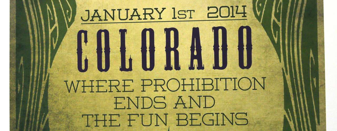 Los votantes de Colorado aprobaron en noviembre de 2012 la enmienda 64, lo que autorizó que cualquier persona mayor de 21 años, pueda poseer y traer consigo una onza (28.3 gramos) de marihuana, cultivar hasta seis plantas de marihuana y regalar mariguana a otra persona.