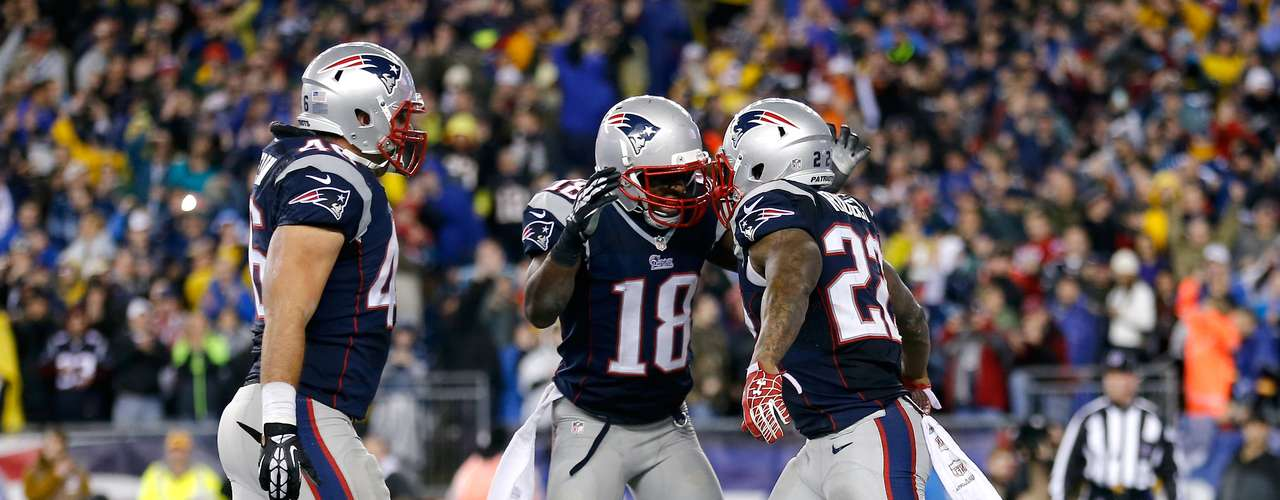 In the following series, Luck three his third interception of the night and the Patriots scored on a Stevan Ridley run to ice the game.