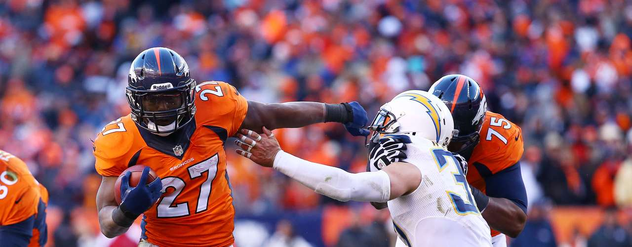 After just 18 yards rushing in their last game against the Chargers, this time the Broncos had 133 yards, including 82 from Knowshon MOreno who also had a 3-yard touchdown run to make the score 24-7 with to go.