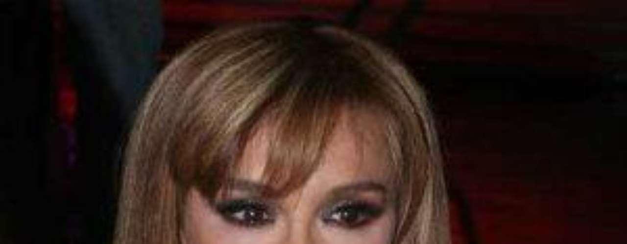 En 2011, la actriz inició su participación en elmelodrama 'Esperanza del Corazón', dondeinterpreta a una singular y fría villana, dueña deun gran emporio de moda.Lucía Méndezy la telenovela de sus memes y fotos eninternetLos 50 rostros más bellos delas telenovelasDivas de telenovelasque hicieron historia en la TV¿Triste realidad? Las estrellassin maquillaje