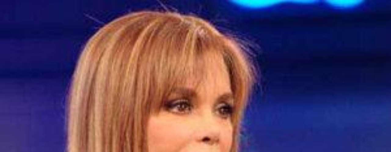En 2013 fue invitada al Festival de Cine deVenecia y en ese viaje fue premiada como 'Reina delas Telenovelas', gracias a producciones como 'ElRetorno de Diana Salazar' y 'Señora Tentación'.Lucía Méndezy la telenovela de sus memes y fotos eninternetLos 50 rostros más bellos delas telenovelasDivas de telenovelasque hicieron historia en la TV¿Triste realidad? Las estrellassin maquillaje