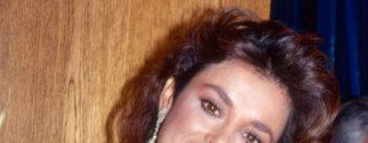 En 1990 intervino en el melodrama, 'Amor deNadie', al lado de Saúl Lisazo y en la cual abordóel tema del Sida.Lucía Méndezy la telenovela de sus memes y fotos eninternetLos 50 rostros más bellos delas telenovelasDivas de telenovelasque hicieron historia en la TV¿Triste realidad? Las estrellassin maquillaje