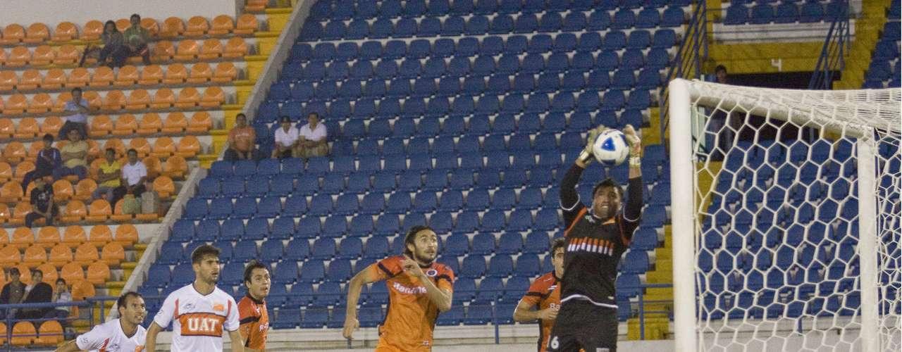 Delfines del Carmen y Correcaminos signaron las 'tablas' (1-1) en Campeche.