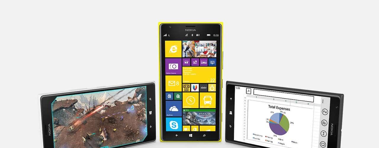 12º - Nokia Lumia 1520 - Te presentamos la primer phablet producida por Nokia antes de venderse a Microsoft. Desgraciadamente la terminal no fue bien recibida entre el público por una razón sencilla: Windows Phone.