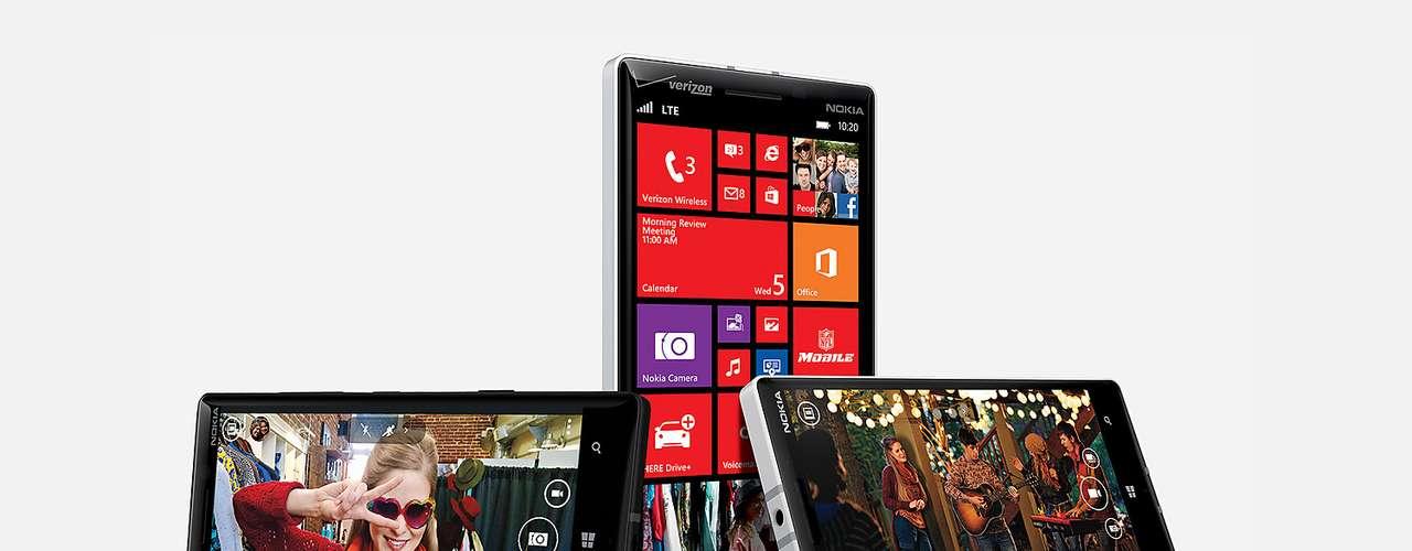 14º - Nokia Lumia Icon - Bien equilibrado en sus funciones, su punto fuerte es la cámara