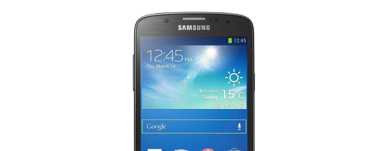 7º - Samsung Galaxy S4 - El modelo anterior al recién anunciado S5. Este smartphone cuenta con el prestigio de un buen funcionamiento y una excelente relación costo/beneficio dentro de los terminales de gama alta