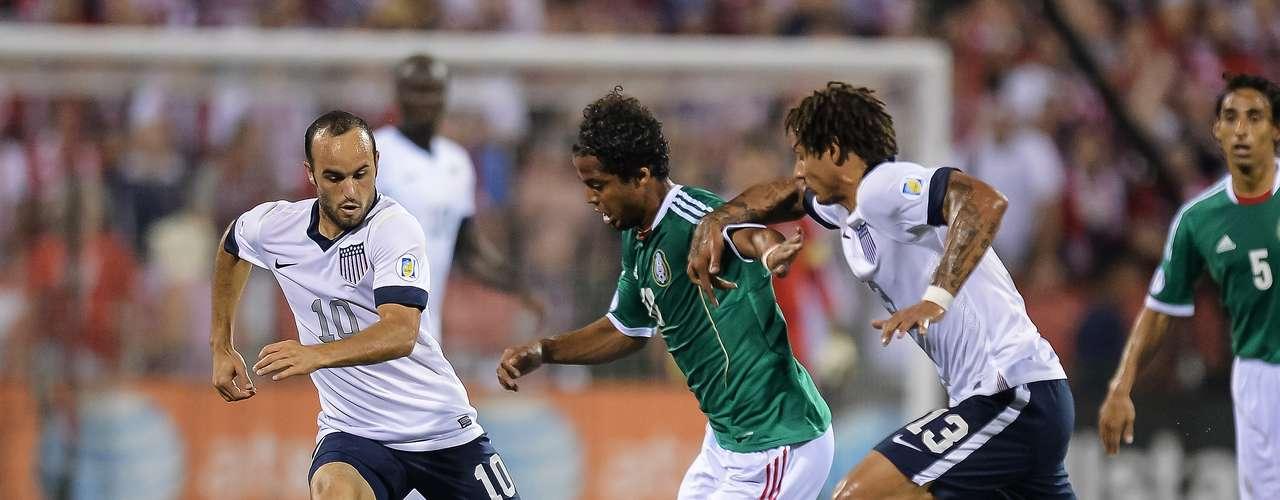 Estados Unidos será el siguiente en la lista, el 02 de abril,contra los americanos, México ha jugado en 62 ocasiones, con 32 triunfos, 13 empates y 17 derrotas, el último duelo ante ellos fue en la eliminatoria hacia Brasil, donde el Tri cayó 2-0 de visitante.
