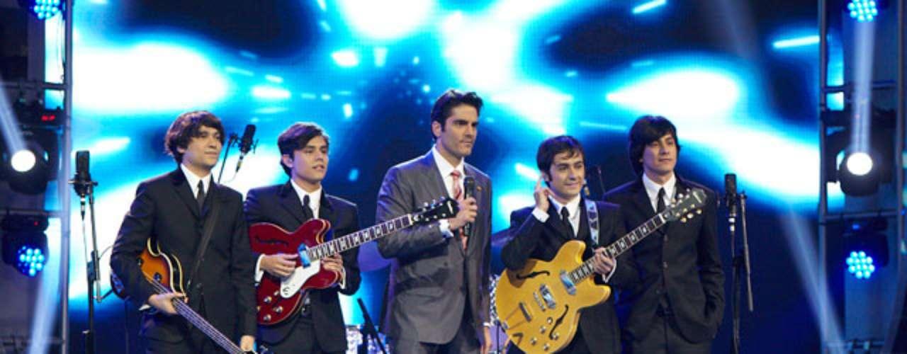 Los jurados esperaban que el imitador durara varias semanas aprendiendo a tocar guitarra con la izquierda, pero lo logró en tan solo ocho días.