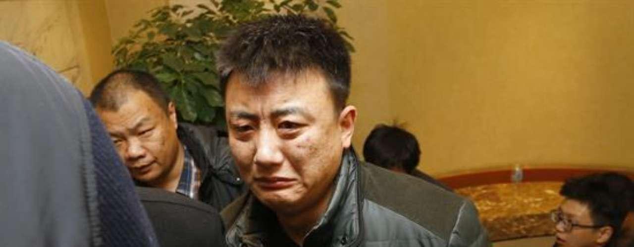 Según la agencia oficial Xinhua, hay unos 120 familiares en el recinto, y uno de ellos aseguró que \