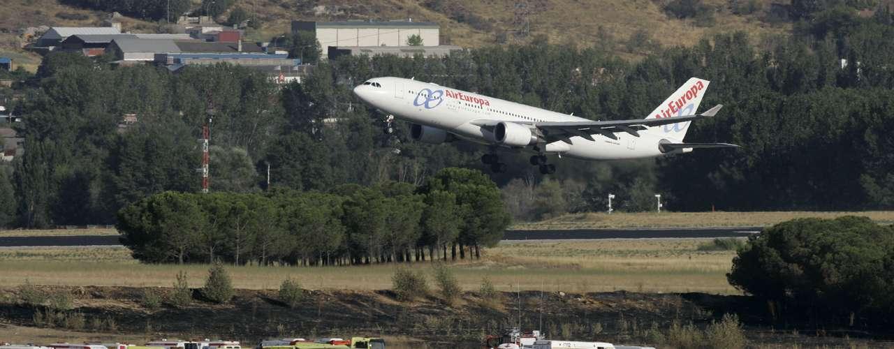 El 20 de agosto de 2008 un avión de Spanair con 172 personas a bordo y cuyo destino era la isla española de Gran Canaria, se estrelló durante el despegue en el aeropuerto de Barajas (Madrid) con un balance de 154 muertos.