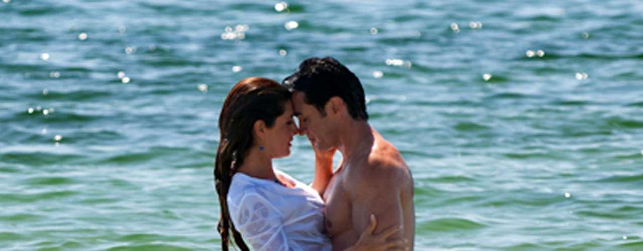 La producción de Rosy Ocampo mantuvo al filo del asiento a la audiencia en espera de resolver un crimen y la realización amorosa de sus protagonistas.
