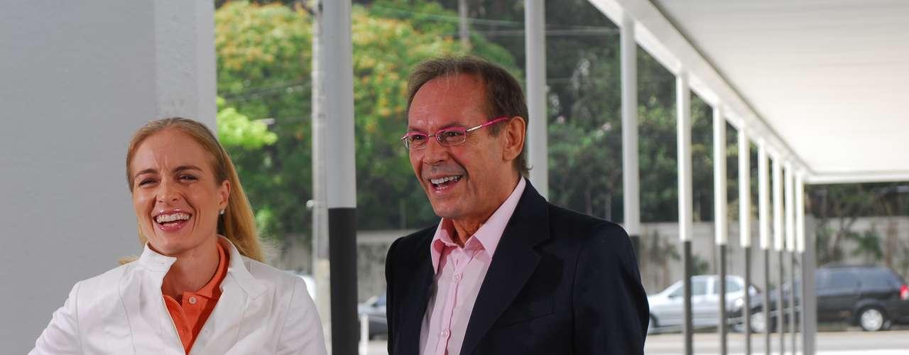 José Wilker fallecióeste sábado a la mañana, víctima de un infarto fulminante, en su casa de Río de Janeiro.En esta foto, el actor en 'Estrelas', en2008