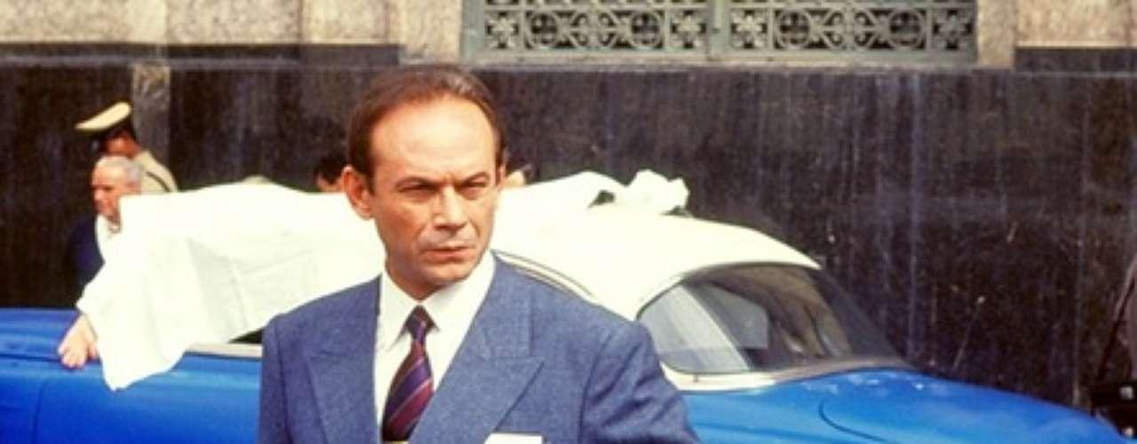 José Wilker fallecióeste sábado a la mañana, víctima de un infarto fulminante, en su casa de Río de Janeiro.En esta foto, el actor en'Agosto', en1993