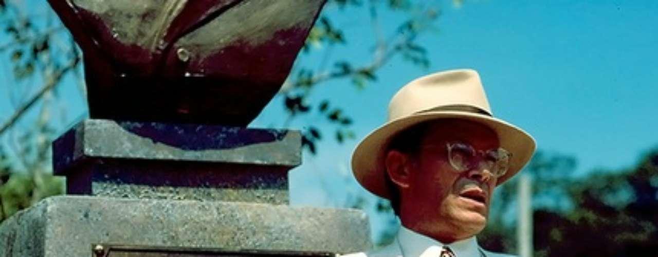 José Wilker fallecióeste sábado a la mañana, víctima de un infarto fulminante, en su casa de Río de Janeiro.En esta foto, el actor en'Fera Ferida', en1993