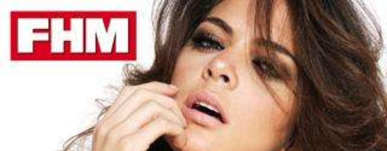 Romina Belluscio, la sexy reportera de 'Tonterías las justas', portada de la revista 'FHM'.