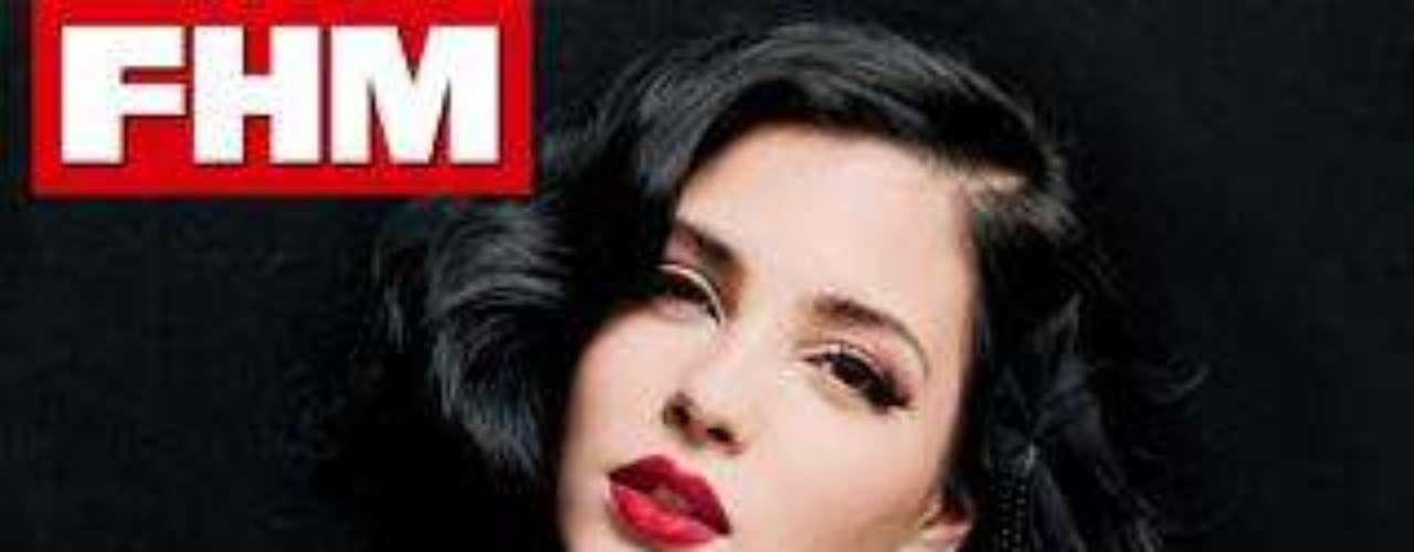 Andrea Duro, portada de 'FHM' del mes de diciembre.