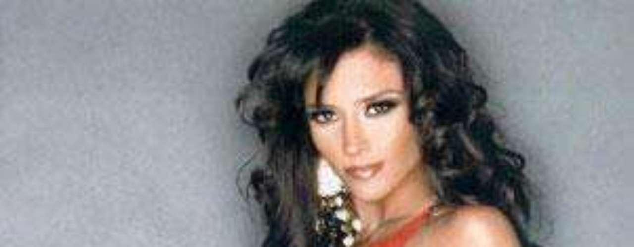 La modelo y actriz argentina, Dorismar, da vida a 'Linda', la amante de 'Osvaldo', en la telenovela 'Triunfo del amor'.