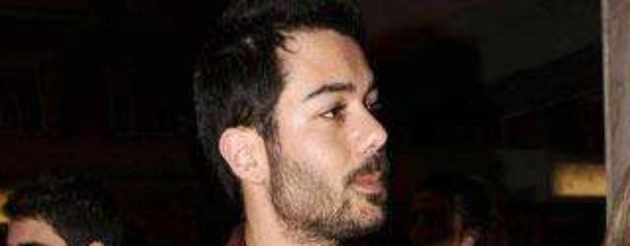 David Seijo, compañero de Mario en 'El Barco', fue otro de los que tampoco quisieron dejar la oportunidad de apoyar a Sheila con su presencia.