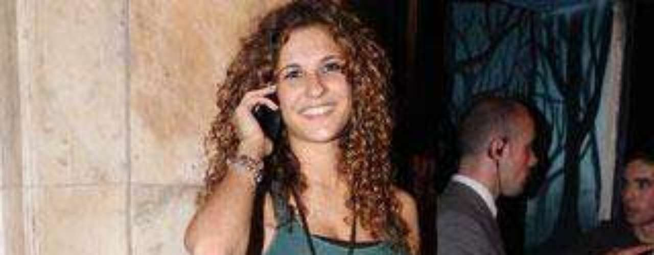 La hermana de Mario Casas inauguró el pasado fin de semana un bar de copas en el madrileño barrio de Moncloa.