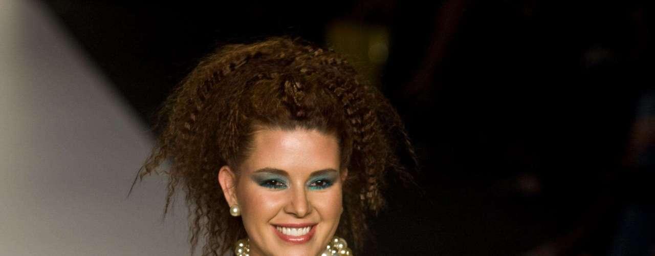 Alicia Machado, Miss Universo 1996. Dentro de los escándalos más sonados de la reina esta el video que protagonizó durante su participación en una reality show, donde mantuvo relaciones sexuales ante las cámaras, y su desnudo para la revista Playboy.