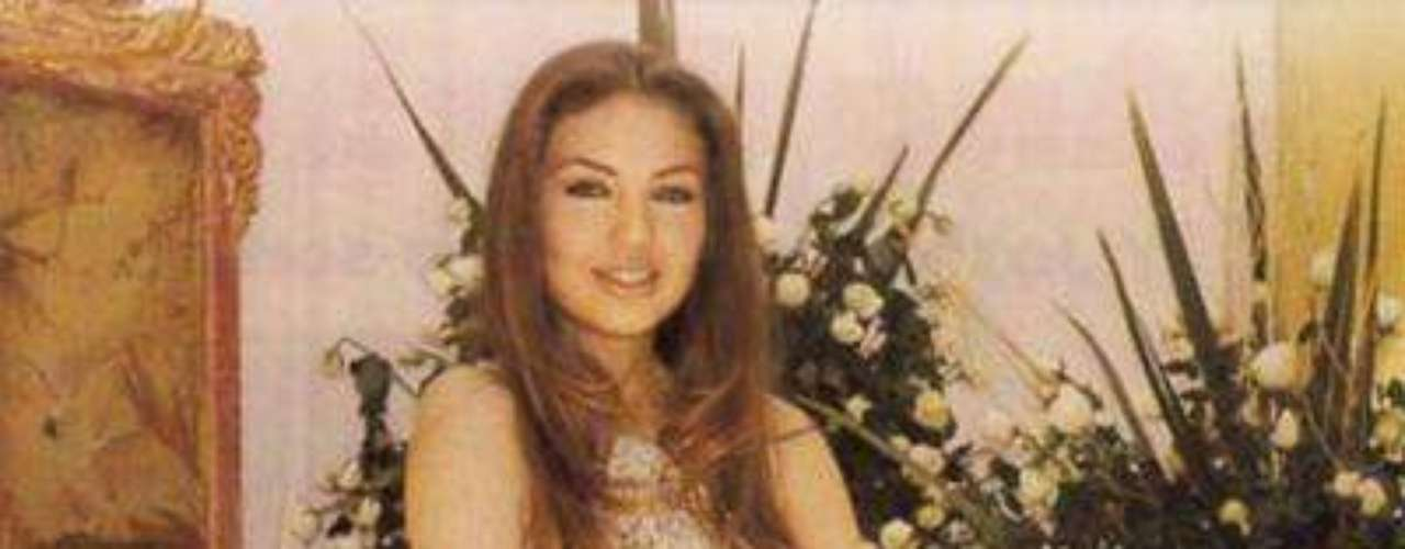 Esta telenovela original de Delia Fiallo y producida por Salvador Mejía para Televisa, tuvo como protagonistas a Thalía y Fernando Carrillo, y como antagónicas a Lupita Ferrer y Nora Salinas.Añáde Terra Telenovelas en Facebook