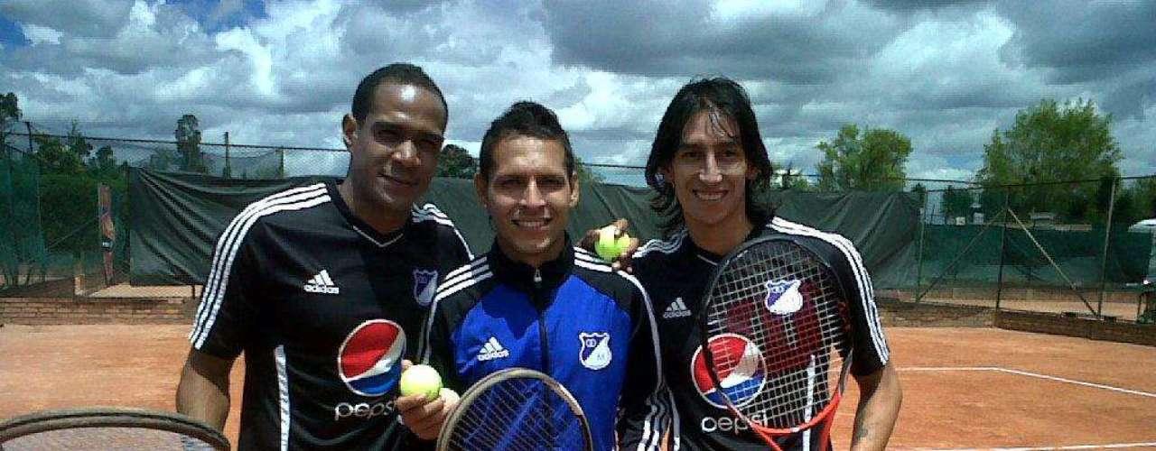 Robayo consiguió el título de la Copa Postobón en el 2011, el único a nivel profesional con el club embajador.