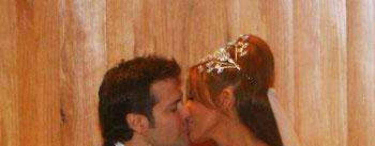 Matrimonio: Armando Gómez y Gloria Trevi.