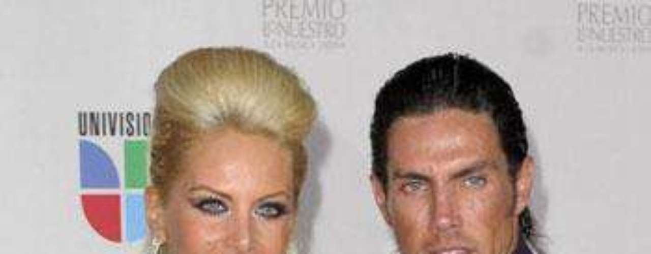 Pareja: Roberto Assad y Lorena Herrera.