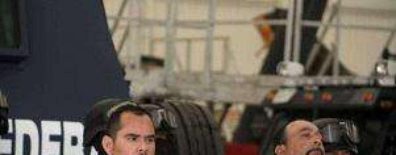 Marco Antonio Guzmán, junto con los otros dos arrestados, fue llevado a la capital mexicana el jueves y presentado ante los medios de comunicación.