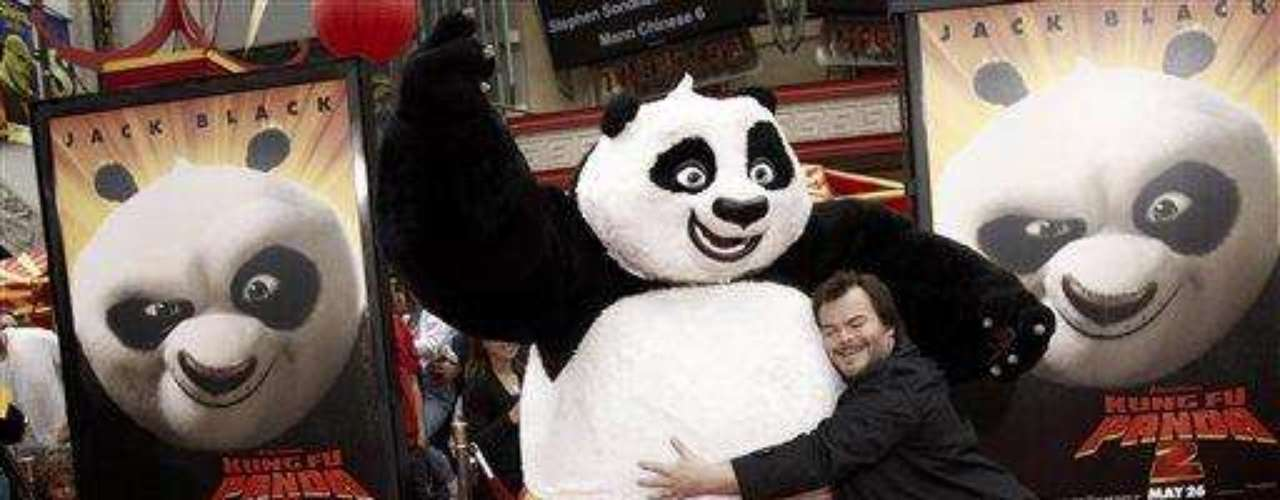 """Cast member Jack Black arrives at the premiere of """"Kung Fu Panda 2"""" in Los Angeles, Sunday, May 22, 2011.  The film opens May 26, 2011. (AP Photo/Matt Sayles)"""