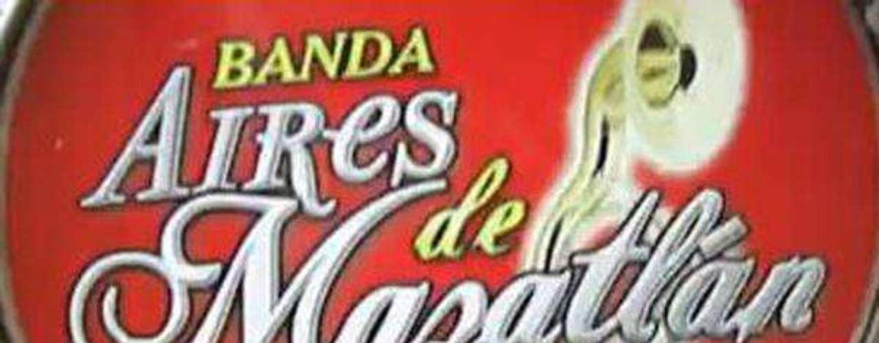 El 16 de abril de 2011, el joven músico Ricardo Isauro Chávez Lizárraga, integrante de la Banda Aires de Mazatlán, fue victima de un atentado cuando se encontraba en un lote de autos usados en Mazatlán, Sinaloa, a causa de las heridas encontró la muerte.