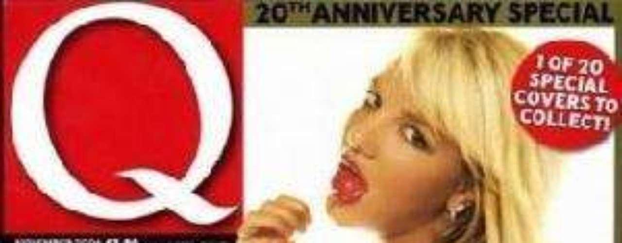 Durante su primer embarazo, Britney también se animó a mostrar su panza en la portada de una revista.