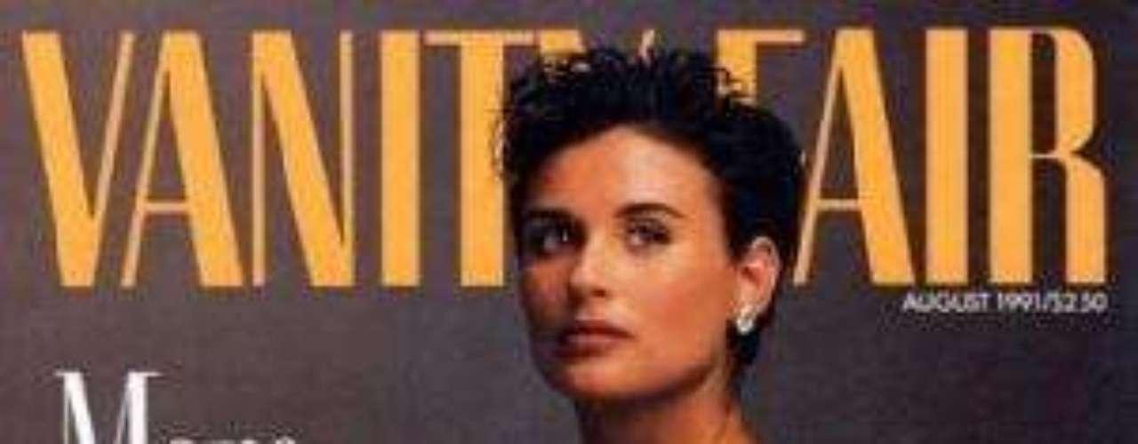 Demi Moore fue la pionera al posar sin ropa y embarazada en la portada de Vanity Fair.