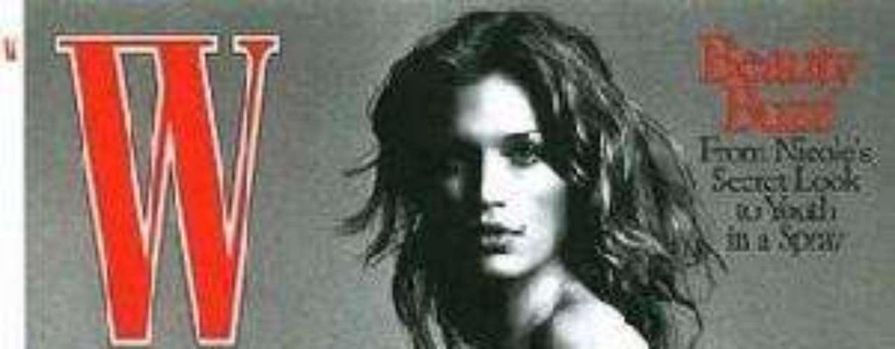 Cindy Crawford posó desnuda y embarazada para la revista W.