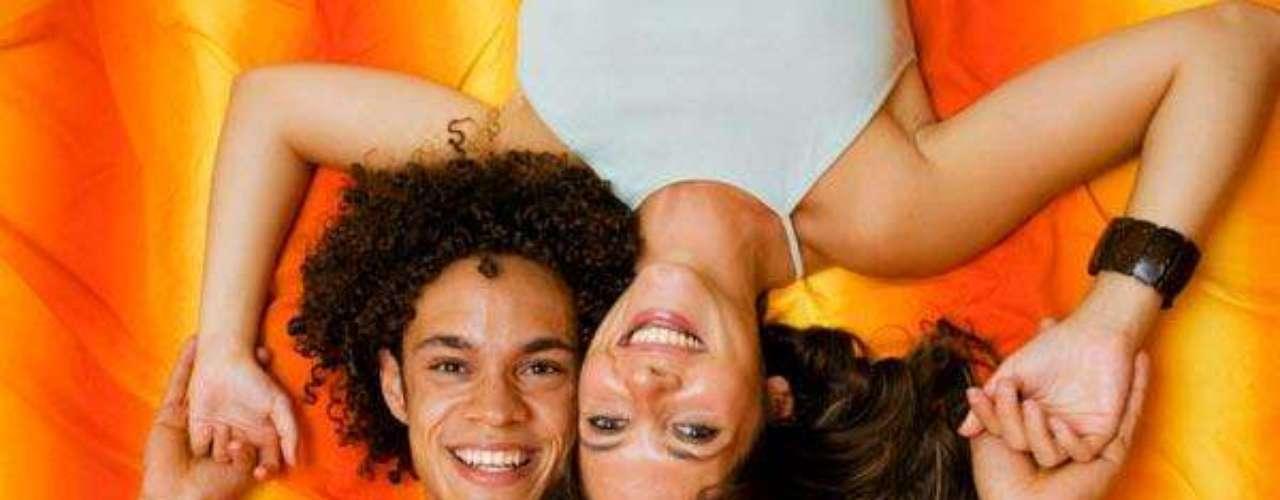 Evalúa una posible pareja como si fuera un amigo, observa su carácter, personalidad, valores, su generosidad de espíritu, la relación entre sus palabras y acciones, sus relaciones con los demás.