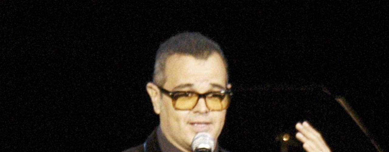 El reconocido cantautor Joan Sebastian rindió un merecido homenaje al  fallecido compositor mexicano Manuel Esperón, quien arribaría los 100 años de vida. El evento, realizado el 3 de agosto en el Teatro Metropolitan de la Ciudad de México,  reunió también a reconocidos músicos como Alex Lora, Armando Manzanero,  Alek Syntek Lorenzo Negrete y Yoshio quienes junto a Sebastian  exaltaron los 83 años de trayectoria que tuvo Esperón como compositor.